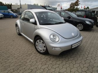 vw beetle new 2,0 00 (1)